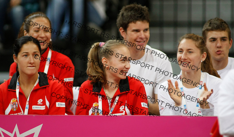 Tennis, FED CUP.Serbia Vs. Slovakia.Jelena Jankovic ) Vs. Magdalena Rybarikova .from left, Bojana Jovanovska, Aleksandra Krunic and Ana Jovanovic.Beograd, 24.04.2010..foto: Srdjan Stevanovic/Starsportphoto ©
