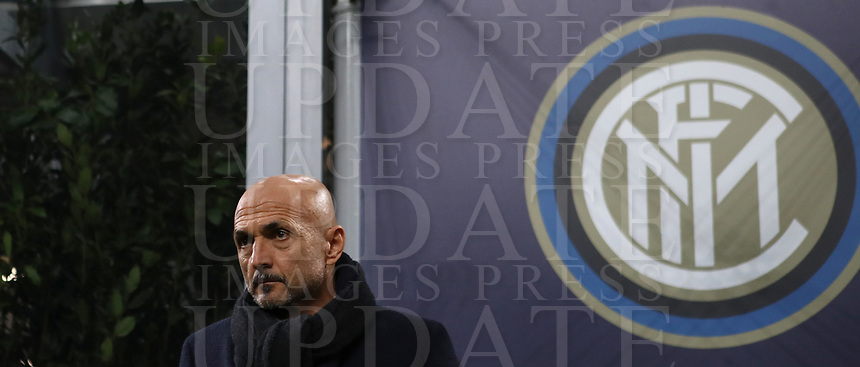 Football: UEFA Champions League -Group Stage - Group B - FC Internazionale Milano vs PSV Eindhoven, Giuseppe Meazza  (San Siro) Stadium, Milan Italy, December 11, 2018.<br /> Inter Milan's coach Luciano Spalletti looks on prior to the start of of the Uefa Champions League football match between Inter Milan and PSV Eindhoven at Giuseppe Meazza  (San Siro) Stadium in Milan on December 11, 2018. <br /> UPDATE IMAGES PRESS/Isabella Bonotto