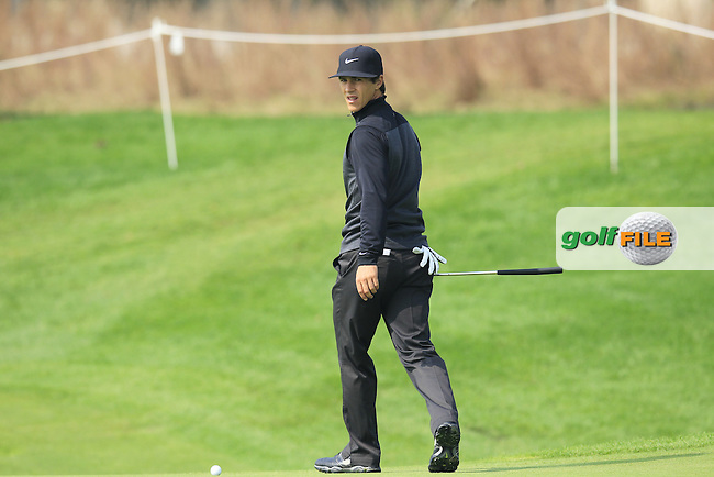 Thorbjorn Olesen (DEN) on the 9th green during Sunday's Final Round of the 2014 BMW Masters held at Lake Malaren, Shanghai, China. 2nd November 2014.<br /> Picture: Eoin Clarke www.golffile.ie