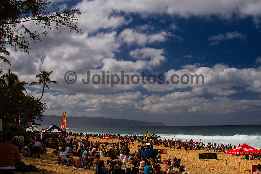 HONOLULU, Oahu, Banzai Pipeline - (Saturday, December 8, 2012) -- The Billabong Pipe Masters got underway on the very first day of the 12 day waiting period in a 5'-10' west swell. The contest kissed off at 11am as the new swell started to fill in. By mid afternoon there were 10' plus 2nd reef sets. There were pumping waves for all the heats. Upsets of the day included local Surfer Kalani Chapman (HAW) defeating Tiago Pires (PRT) and Cj Hobgood (USA) eliminating local hero and former event winner Jamie O'Brien (HAW)..All of Round 1 and three heats of Round 2 were completed. All three surfers in the running for the 2012 World Title, Joel Parkinson (AUS), Kelly Slater (USA) and Mick Fanning (AUS) did not surf today as they are seeded into the 3rd round. .Photo: joliphotos.com