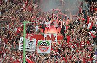 FUSSBALL   1. BUNDESLIGA  SAISON 2011/2012   4. Spieltag 1. FC Kaiserslautern - FC Bayern Muenchen         27.08.2011  FC Bayern Muenchen Fans mit einem Bengalischen Feuer