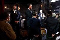 Milano: Mario Monti incontra i giovani al Teatro Franco Parenti