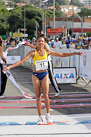 SAO PAULO, SP, 04 DE MARCO DE 2012 - MEIA MARATONA INTERNACIONAL DE SAO PAULO - Cruz Nonata da Silva  (BRA) terceira colocada da prova feminina durante a Meia Maratona Internacional de Sao Paulo, na Praca Charles Muller, na manha deste domingo, 04. FOTO WARLEY LEITE - BRAZIL PHOTO PRESS.