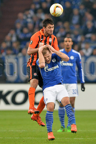 25.02.2016. Gelsenkirchen, Germany. Europa League Round of 32 Second Leg soccer match between Schalke 04 and FC Shakhtar Donetsk in the Veltins Arena in Gelsenkirchen, Germany. Facundo Ferreyra ( Donetsk ), wins the header over Johannes Geis ( Schalke )