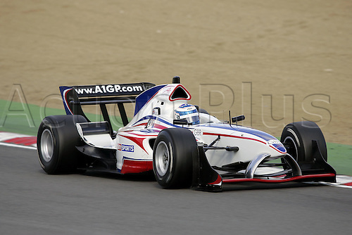 25 September 2005: British and A1 Team Great Britain driver Robbie Kerr driving during the British A1 Grand Prix of Nations Sprint Race held at Brands Hatch in Kent. Photo: Neil Tingle/actionplus...050925 GP motor sport motorsport grand prix racing driver car