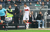 Christian Gentner (VfB Stuttgart) verletzt raus - 31.03.2019: Eintracht Frankfurt vs. VfB Stuttgart, Commerzbank Arena, DISCLAIMER: DFL regulations prohibit any use of photographs as image sequences and/or quasi-video.