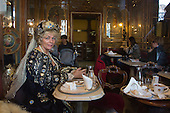 Venice, Italy, 8 February 2015. Woman at Café Florian. People wear traditional masks and costumes to celebrate the 2015 Carnival in Venice. carnivalpix/Alamy Live News