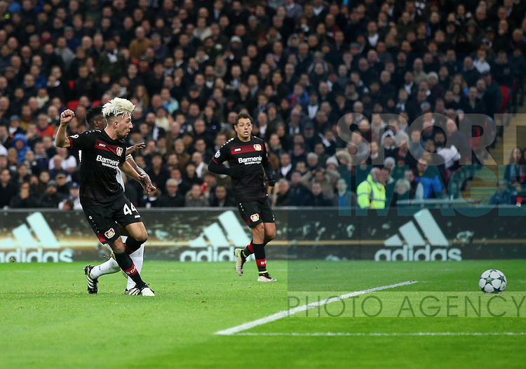 Leverksen's Kevin Kampl scoring his sides opening goal during the Champions League group E match at the Wembley Stadium, London. Picture date November 2nd, 2016 Pic David Klein/Sportimage