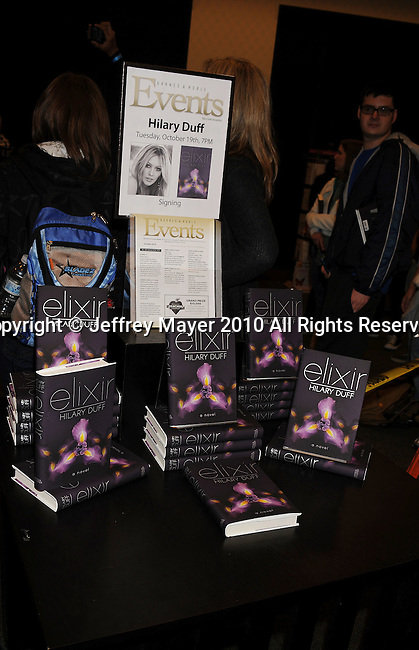"""LOS ANGELES, CA. - October 19: Hilary Duff signs copies of her new book """"Elixir"""" at Barnes & Noble bookstore at The Grove on October 19, 2010 in Los Angeles, California."""