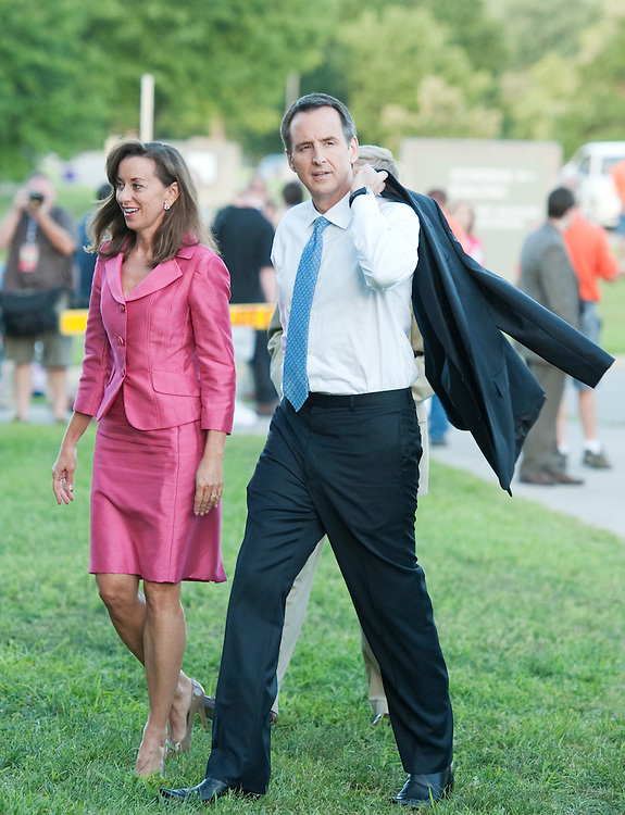 UNITED STATES - AUGUST 11:  Former Minnesota Governor Tim Pawlenty and his wife Mary, arrive to Stephens Auditorium at Iowa State University for the Republican presidential debate in Ames, Iowa.  The debate will feature eight republican candidates including Gingrich.   (Photo By Tom Williams/Roll Call)