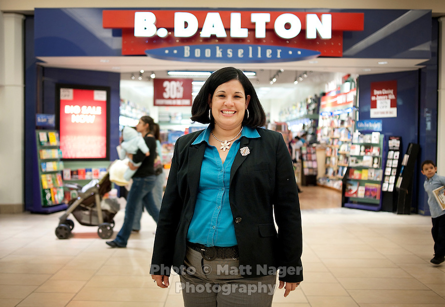 Laredo Public Information Officer and leader off the save the book store commitee Xochitl Garcia (cq) at a B. Dalton book store, the only book store in Laredo, Texas, US, Wednesday, Dec., 9, 2009. The Laredo, Texas community has voiced its opposition to the closing of the B. With over 95 percent of the population as Hispanic Spanish speakers, Laredo ranked the lowest in literacy rates in the 2000 US census. ..PHOTOS/ MATT NAGER