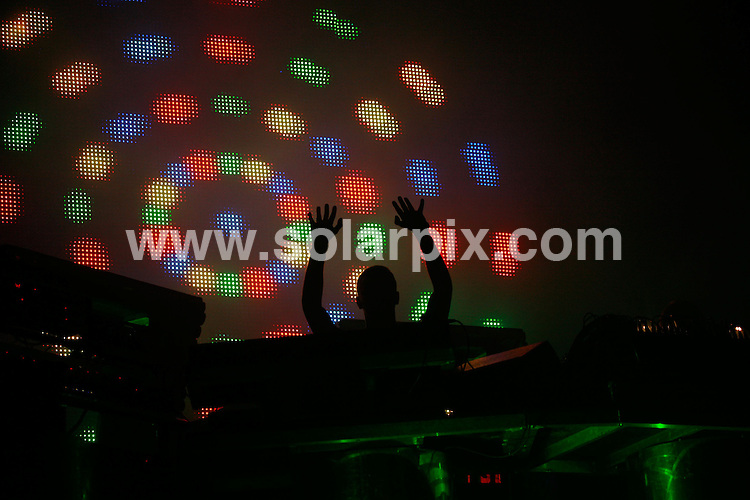 **ALL ROUND PICTURES FROM SOLARPIX.COM**.*WORLDWIDE RIGHTS*.CHEMICAL BROTHERS headline friday night at BESTIVAL FESTIVAL, 7th September 2007 at Robin Hill country park, Isle of Wight.JOB REF: 4661  GMT   DATE: 07.09.07.**MUST CREDIT SOLARPIX.COM OR DOUBLE FEE WILL BE CHARGED* *UNDER NO CIRCUMSTANCES IS THIS IMAGE TO BE REPRODUCED FOR ANY ONLINE EDITION WITHOUT PRIOR PERMISSION*