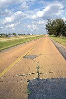 Old Route 66 east of Shamrock Texas parralles Interstate 40.