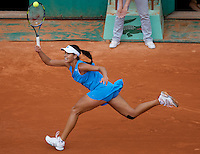 Ana Ivanovic (SRB) (8) against Victoria Azarenka (BLR) (9) in the fourth round of the Women's Singles. Azarenka beat Ivanovic 6-2 6-3..Tennis - French Open - Day 8 - Sun 31st May 2009 - Roland Garros - Paris - France..Frey Images, Barry House, 20-22 Worple Road, London, SW19 4DH.Tel - +44 20 8947 0100.Cell - +44 7843 383 012