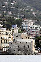 Una veduta di Rapallo, sormontata dalle colline. In primo piano, il Castello.<br /> Explanade of the town of Rapallo with hills behind and the Castle in foreground.<br /> UPDATE IMAGES PRESS/Riccardo De Luca