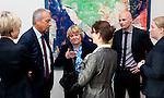 Bruessel - Belgien, 10. Mai 2012; .Parlamentarisches Fruehstueck 'Twinning Excellence' im Europaeischen Parlament mit u.a. Prof. Dr. Peter GRUSS, (2.li) Praesident der Max-Planck-Gesellschaft, hier mit Mitarbeitern der MPG und des EP, u.a. Susanne KIEFFER, Babett GLAESER, Silke HAAS; Photo: © HorstWagner.eu