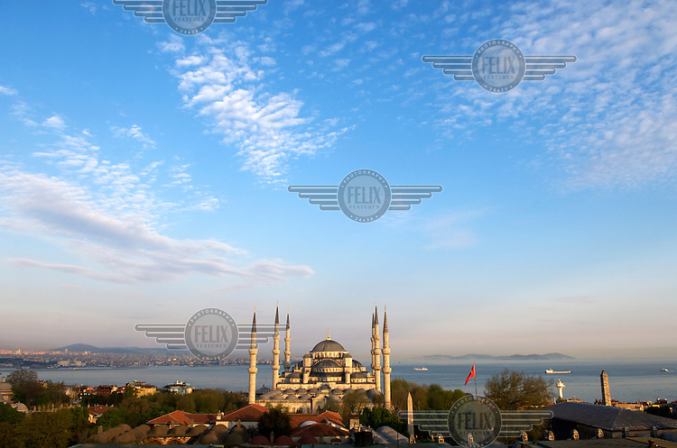 The Blue Mosque (Sultan Ahmet Camii), presiding over the Bosphorus, Sultanahmet, Istanbul.