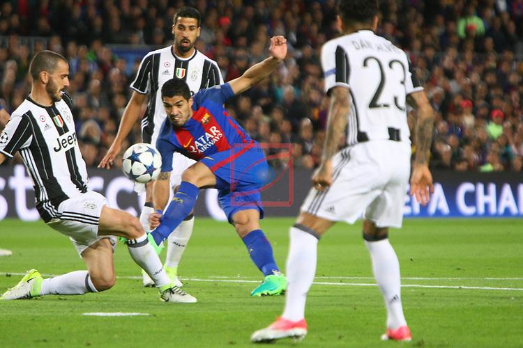 UEFA Champions League 2016/2017.<br /> Quarter-finals 2nd leg.<br /> FC Barcelona vs Juventus Football Club: 0-0.<br /> Leonardo Bonucci vs Luis Suarez.
