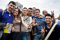 Roma, 23 Maggio, 2014. Decine di migliaia di persone si sono radunate in Piazza San Giovanni per assistere alla chiusura della campagna elettorale del Movimento 5 Stelle. Tens of thousands of 5 Stars Movement (M5S) supporters attended a rally in Rome's Piazza San Giovanni in support of the party's candidates for the upcoming European elections to be held in Italy on May 25.