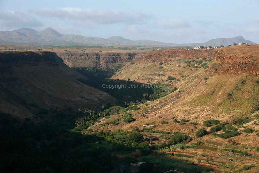 vue du canyon  de Cidade Veilha depuis la citadelle. Ile de Santiago