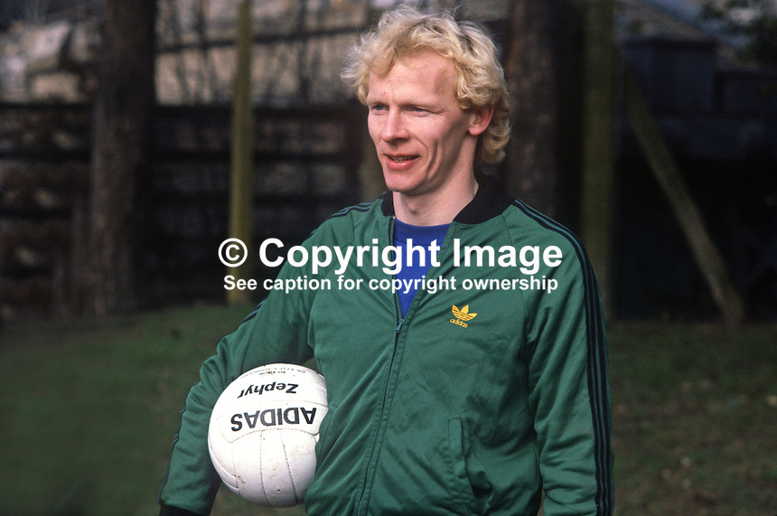 Derek Spence, footballer, international, N Ireland, 19820223014DS2. He was training with N Ireland team in St Albans for their match against England at Wembley<br />