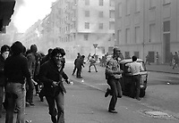 - crashs between young people of the radical groups of left and police during an occupation attempt of vacant houses in the University District (Milan, 1977)<br />