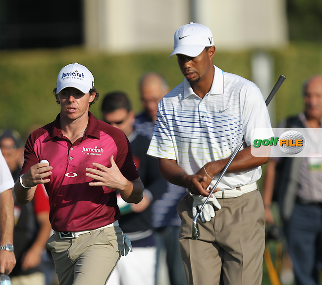 Rory McIlroy (NIR) and Tiger Woods (USA) on the 1st during round 3 of the Turkish Airlines World Golf Final in Antalya Golf Club, Antalya, Turkey..Picture: Fran Caffrey/www.golffile.ie.