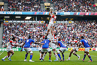 Japan Lock Luke Thompson wins a lineout - Mandatory byline: Rogan Thomson - 03/10/2015 - RUGBY UNION - Stadium:mk - Milton Keynes, England - Samoa v Japan - Rugby World Cup 2015 Pool B.