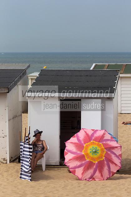 France, Pas-de-Calais (62), Côte d'Opale, Calais: La plage   //  France, Pas de Calais, Cote d'Opale (Opal Coast), Calais: The beach