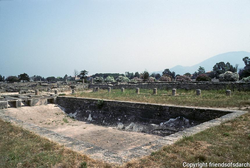 Italy: Paestum--Hellenistic Era--swimming pool. Photo '83.