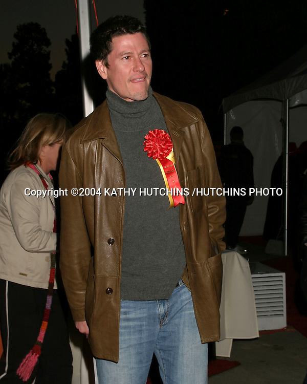 ©2004 KATHY HUTCHINS /HUTCHINS PHOTO.HOLLYWOOD CHRISTMAS PARADE.LOS ANGELES, CA.NOVEMBER 28,2004..VINCENT VENTRESCA