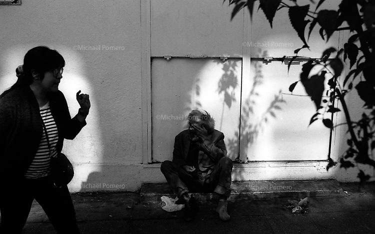 Santiago (Chile) 2018 <br /> <br /> Sans Abri dans la rue.<br /> <br /> Homeless in the street.