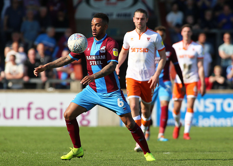 Scunthorpe United's Funso Ojo in action <br /> <br /> Photographer David Shipman/CameraSport<br /> <br /> The EFL Sky Bet League One - Scunthorpe United v Blackpool - Friday 19th April 2019 - Glanford Park - Scunthorpe<br /> <br /> World Copyright © 2019 CameraSport. All rights reserved. 43 Linden Ave. Countesthorpe. Leicester. England. LE8 5PG - Tel: +44 (0) 116 277 4147 - admin@camerasport.com - www.camerasport.com