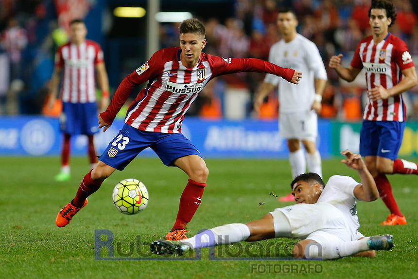 Atletico Madrid´s Argentinean forward Vietto and Real Madrid's Brazilian midfielder Casemiro