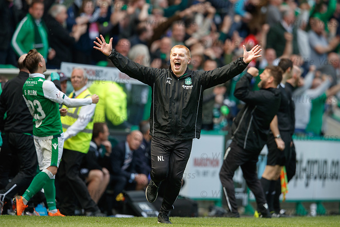 13.05.2018 Hibs v Rangers: Neil Lennon on the pitch running up to the Rangers fans as Hibs equalise in added on time