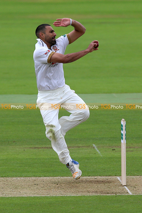 Ravi Bopara in bowling action for Essex during Hampshire CCC vs Essex CCC, Specsavers County Championship Division 1 Cricket at the Ageas Bowl on 29th April 2018