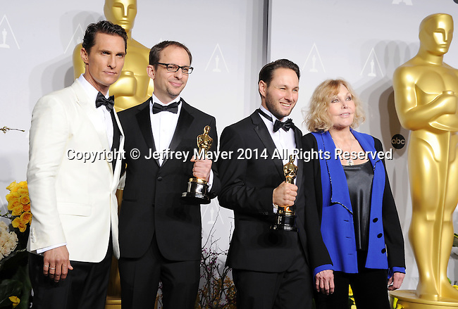 HOLLYWOOD, CA- MARCH 02:  (L-R) Actor Matthew McConaughey, filmmaker Laurent Witz, filmmaker Alexandre Espigares and actress Kim Novak  in the press room during the 86th Annual Academy Awards at Loews Hollywood Hotel on March 2, 2014 in Hollywood, California.