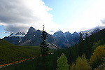 VALLEY OF THE TEN PEAKS NEAR MORRAINE LAKE, BANFF NATIONAL PARK, ALBERTA, CANADA