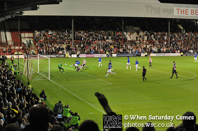 Brentford 1 Everton 1, 21/09/2010. Griffin Park, London. League Cup. Photo by Simon Gill.