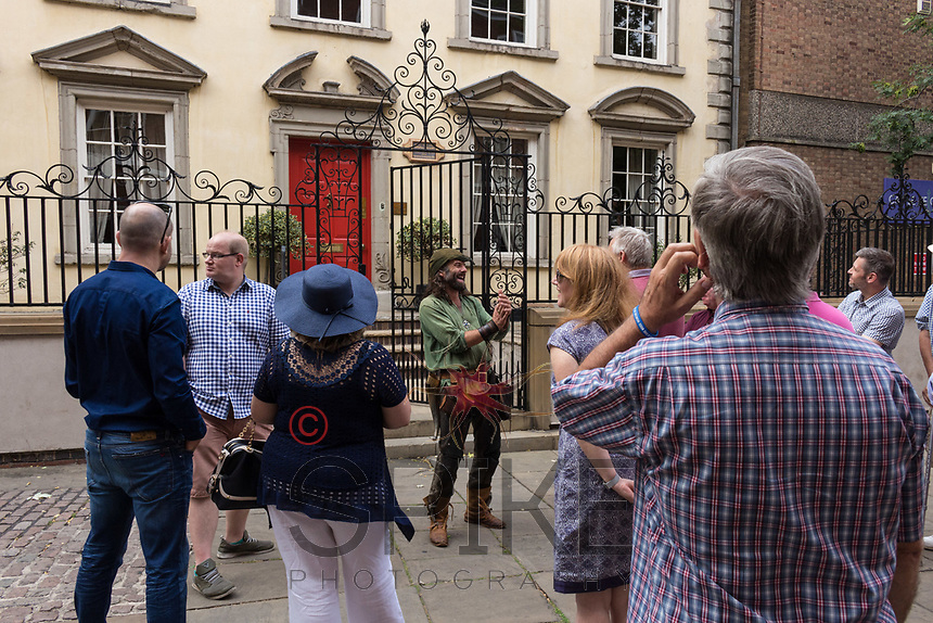 Nottingham City Business Club Robin Hood tour around the city with Ezekial Bone