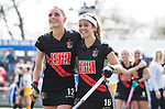 AMSTELVEEN - Hockey - Hoofdklasse competitie dames. AMSTERDAM-DEN BOSCH (3-1) Kimberly Thompson (A'dam) met Noor de Baat.   COPYRIGHT KOEN SUYK