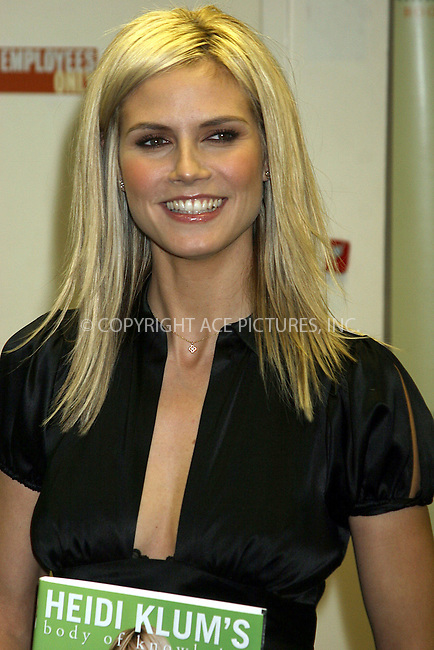 "WWW.ACEPIXS.COM . . . . .  ....NEW YORK, DECEMBER 2, 2004....Heidi Klum appears to sign copies of her new book ""Heidi Klum's Body of Knowledge"" at the Barnes & Noble at Rockefeller Center.....Please byline: ACE005 - ACE PICTURES.   .. *** ***  ..Ace Pictures, Inc  **  ..Alecsey Boldeskul (646) 267-6913 **..Philip Vaughan (646) 769-0430 **..e-mail: info@acepixs.com..web: http://www.acepixs.com"