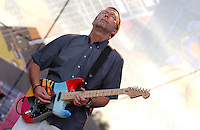 CROSSROADS GUITAR FESTIVAL (2004) - ERIC CLAPTON - BLUES GUITARISTS