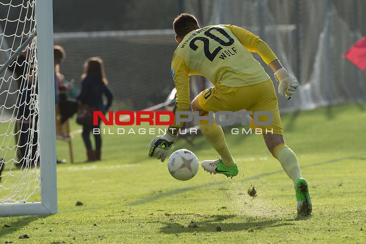 Trainingsgel&auml;nde, Jerez, ESP, 1.FBL, FSP  Werder Bremen (GER)  vs NEC Nijmegen (NED),  12.01.2014, <br /> Raphael Wolf (Bremen #20)<br /> <br /> <br /> Foto &copy; nordphoto/ Kokenge