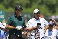 Phil Mickelson (USA) and brother Tim on the 8th tee during Saturday's Round 3 of the 118th U.S. Open Championship 2018, held at Shinnecock Hills Club, Southampton, New Jersey, USA. 16th June 2018.<br /> Picture: Eoin Clarke | Golffile<br /> <br /> <br /> All photos usage must carry mandatory copyright credit (&copy; Golffile | Eoin Clarke)