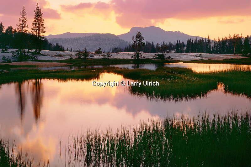 Sunset over Mt. Hoffman<br />