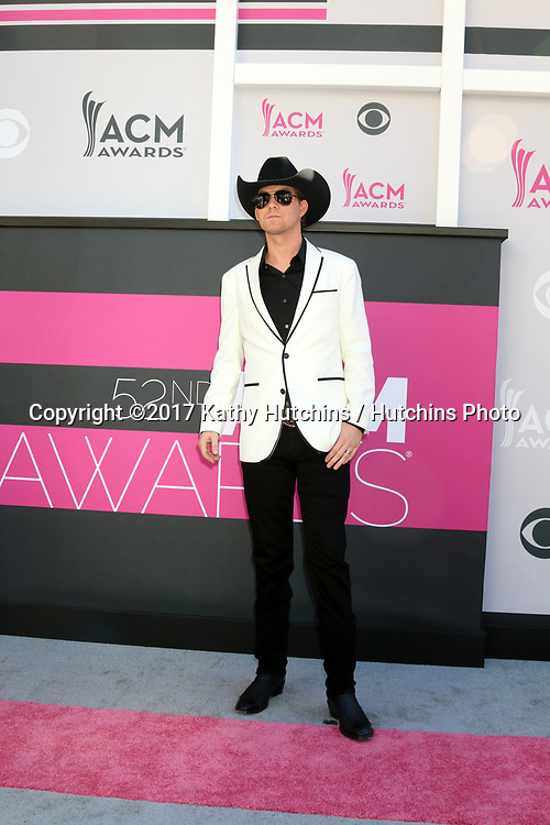 LAS VEGAS - APR 2:  William Michael Morgan at the Academy of Country Music Awards 2017 at T-Mobile Arena on April 2, 2017 in Las Vegas, NV