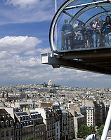 Frankreich, Paris: Blick vom Centre George Pompidou ueber die Daecher von Paris | France, Paris: view from Centre George Pompidou across Paris