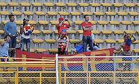 BOGOTÁ -COLOMBIA, 14-08-2016. Hinchas del Pasto animan a su equipo durante el encuentro entre La Equidad y Deportivo Pasto por la fecha 8 de la Liga Águila II 2016 jugado en el estadio Metropolitano de Techo de la ciudad de Bogotá./ Fans of Pasto cheer for their team during the match between La Equidad and Deportivo Pasto for the date 8 of the Aguila League II 2016 played at Metropolitano de Techo stadium in Bogotá city. Photo: VizzorImage/ Gabriel Aponte / Staff