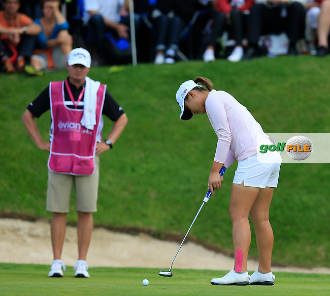 Lexi Thompson (USA) putts on 16th green during Sunday's Final Round of the LPGA 2015 Evian Championship, held at the Evian Resort Golf Club, Evian les Bains, France. 13th September 2015.<br /> Picture Eoin Clarke | Golffile